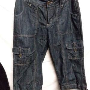 "V F Jeanwear L P 29"" Waist size 6 M  Cargo Shorts"